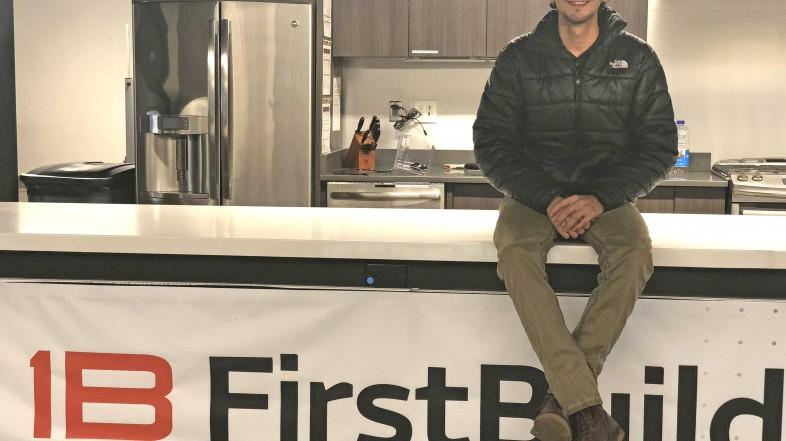 """Tomás Garcés, ingeniero de FirstBuild: """"El movimiento maker es el músculo que fomenta la innovación en la empresa"""""""