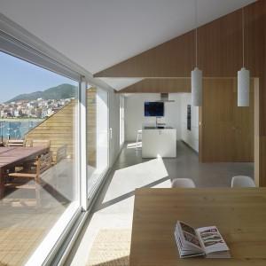 JOMO en interiorismo: aprovecha terrazas o patios para disfrutar del sol.