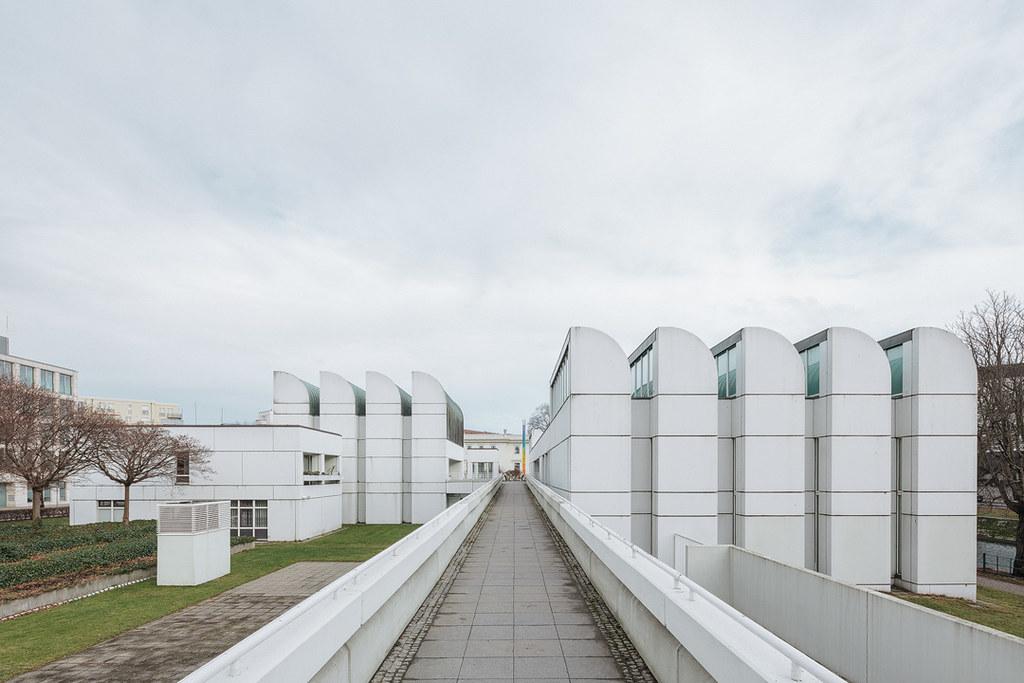 Bauhaus architecture - Bauhaus Archiv