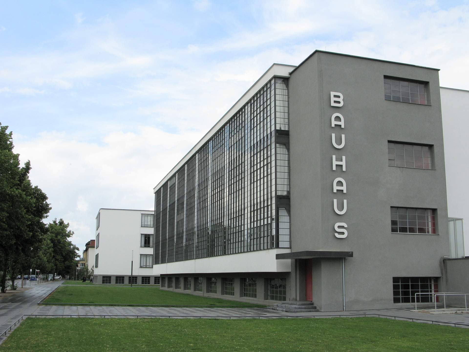 Bauhaus architecture - Dessau school