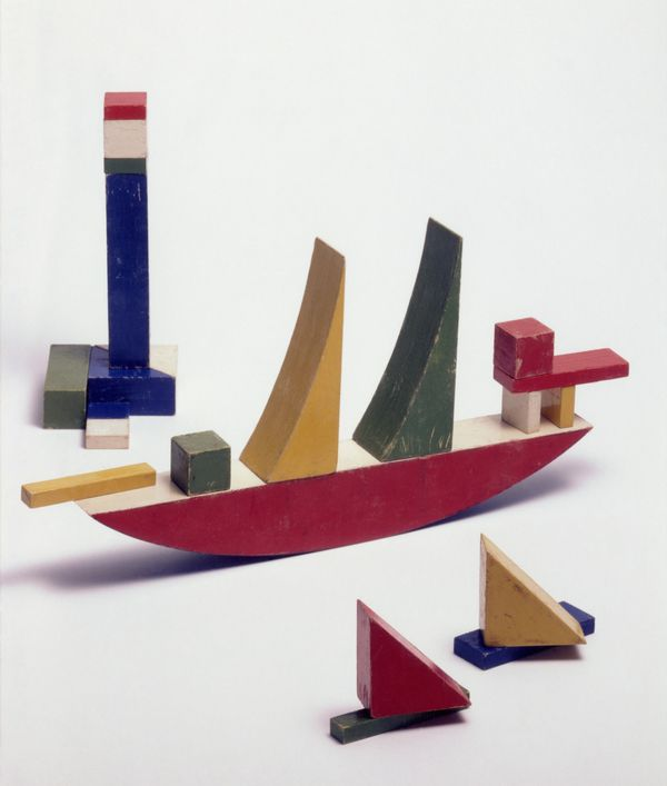 Ship-Building Game, bauhaus furniture design